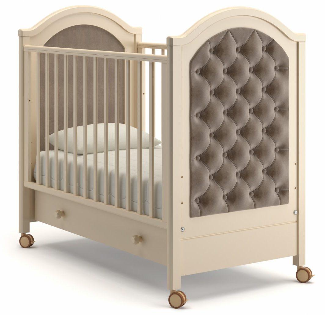 Кроватки на колесах с ящиком