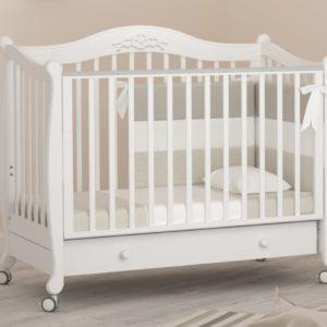 Детская кроватка на колесах Гандылян « Моника »