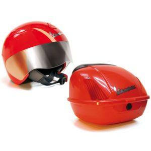Шлем и багажник Vespa